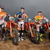 164901_glenn-coldenhoff_-jeffrey-herlings-_-tony-cairoli-ktm-450-sx-f-2017