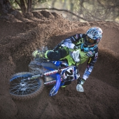 2017_yr_wilvo_action_yz250f_simpson_002