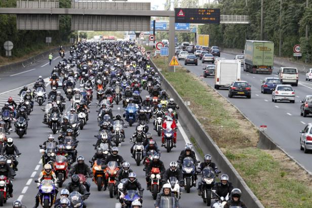 Groupe motards