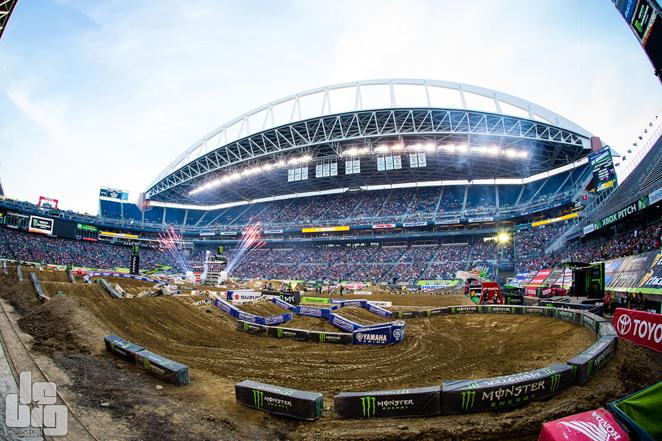 Seattle_stadium
