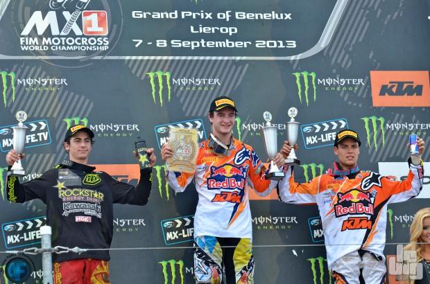 Ferrandis et Tixier sur le podium derrière Herlings. © Antoine Forget/LBU