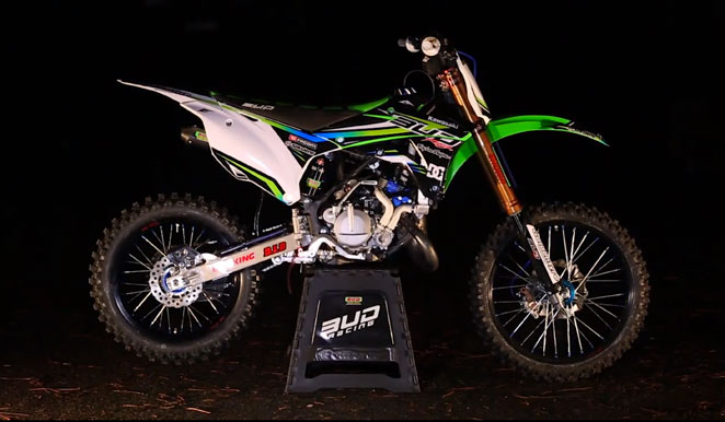 la kx 85 par bud racing lebigusa actualit du motocross supercross us. Black Bedroom Furniture Sets. Home Design Ideas